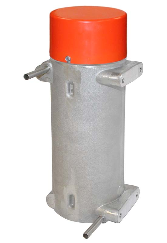This CAST-X 1000 inline heater with a NEMA 1 enclosure uses electric heat to warm mineral oil and industrial chemicals.
